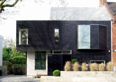 2005: Stealth House