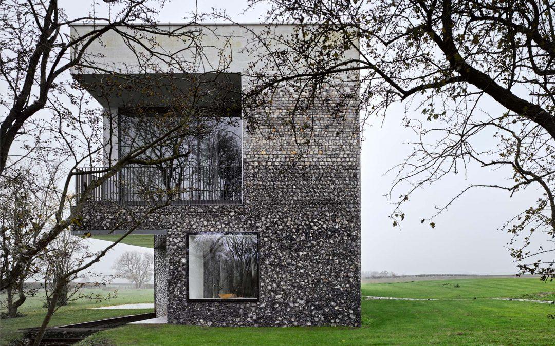 2015: Flint House